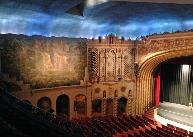 The atmospheric ceiling changes from dusk to night before the show.